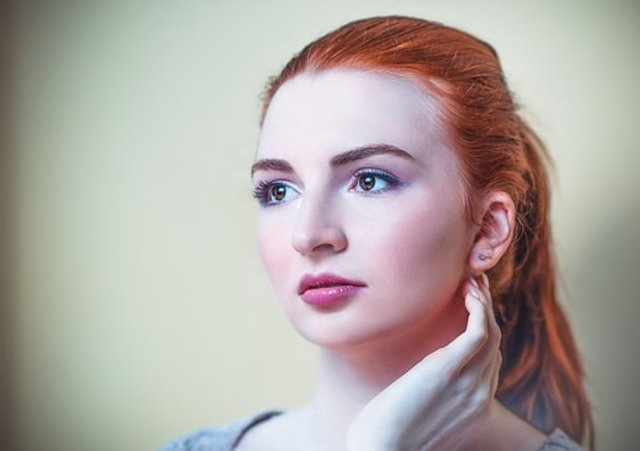 3945edd6b545 オールバックの髪型は女性のほうが好印象を得やすいため、女性におすすめの髪型といえます。より好印象を獲得するには、セットの方法を工夫することが大切です。