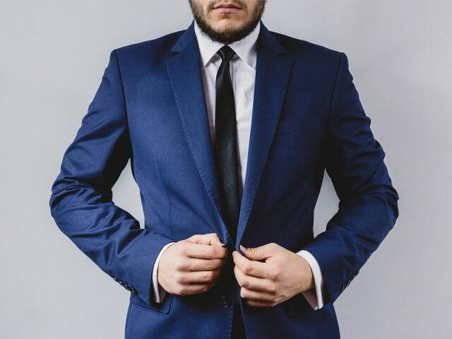 自分に合ったスーツを購入しよう